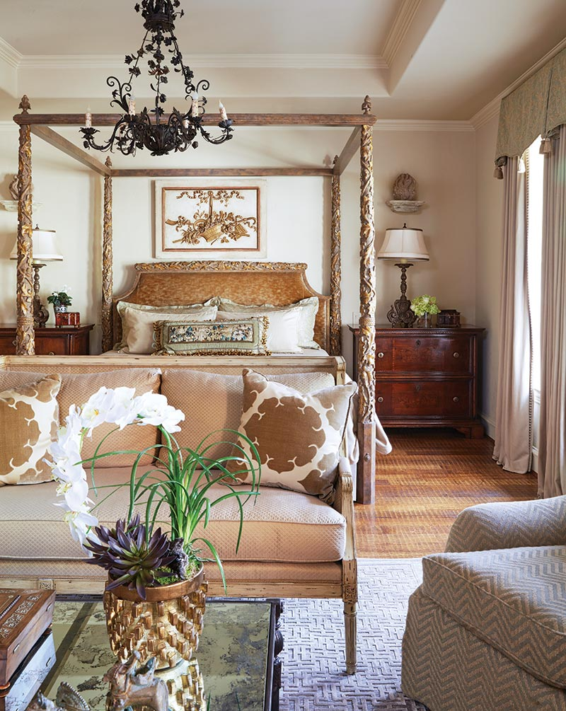 Country french twist southern home magazine for Southern country home decor