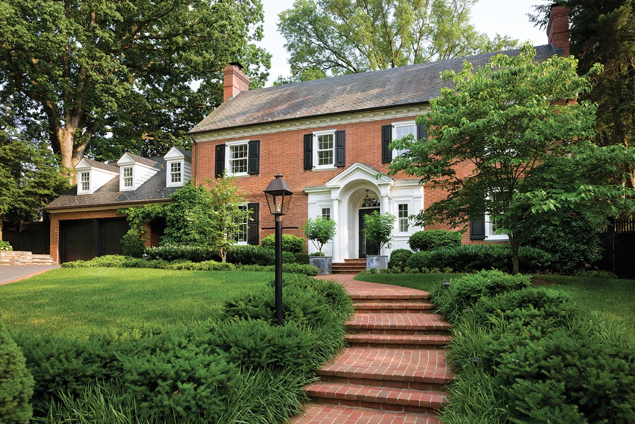 This colonial revival home was love at first sight for for Revival home