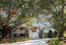 A Lowcountry Vacation home with Southern Tidewater features