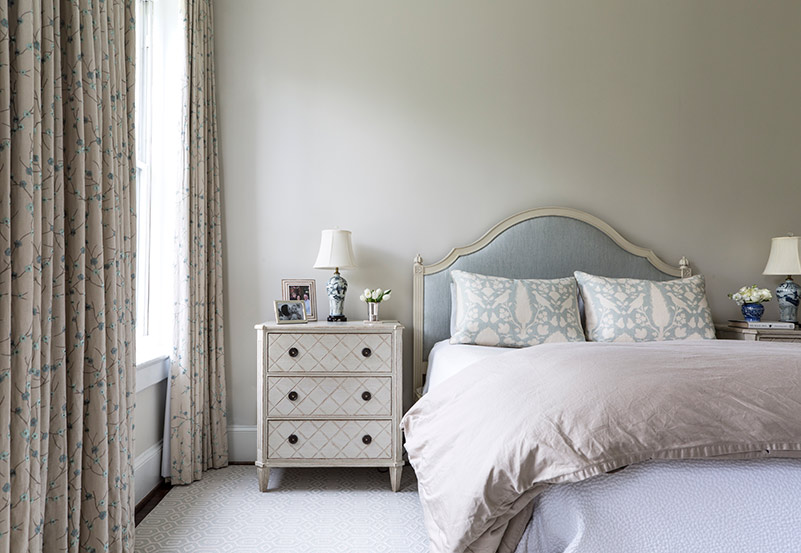 neutral colored bedroom