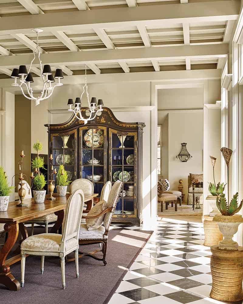 Italian-inspired dining room