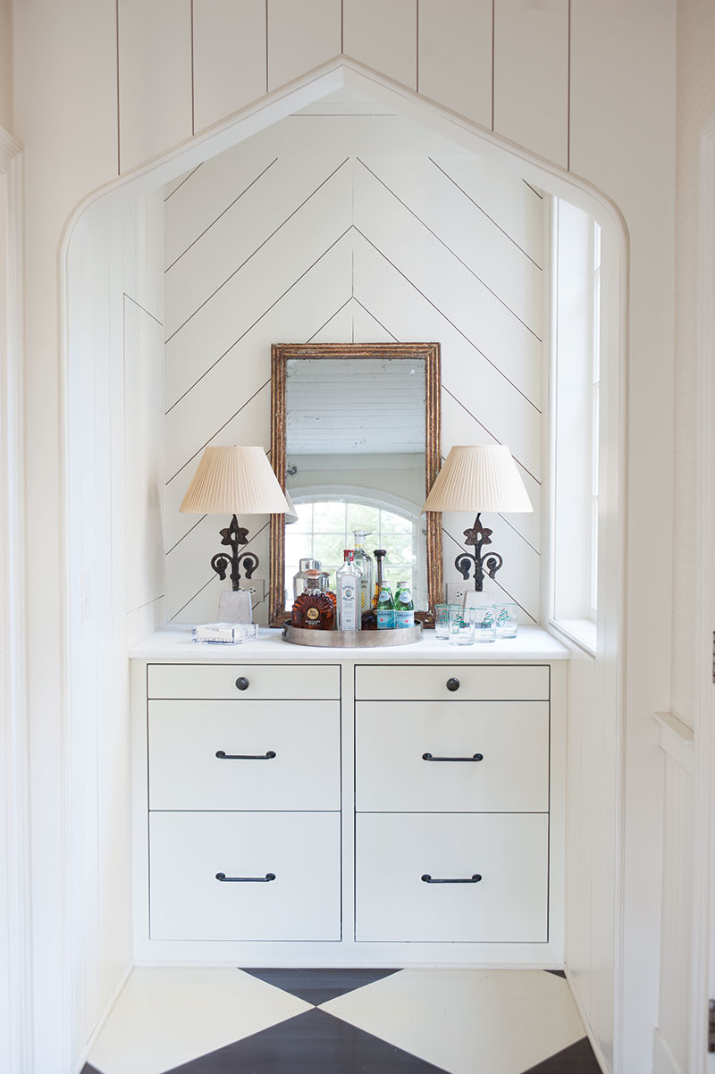 Shiplap-clad bar and banquette