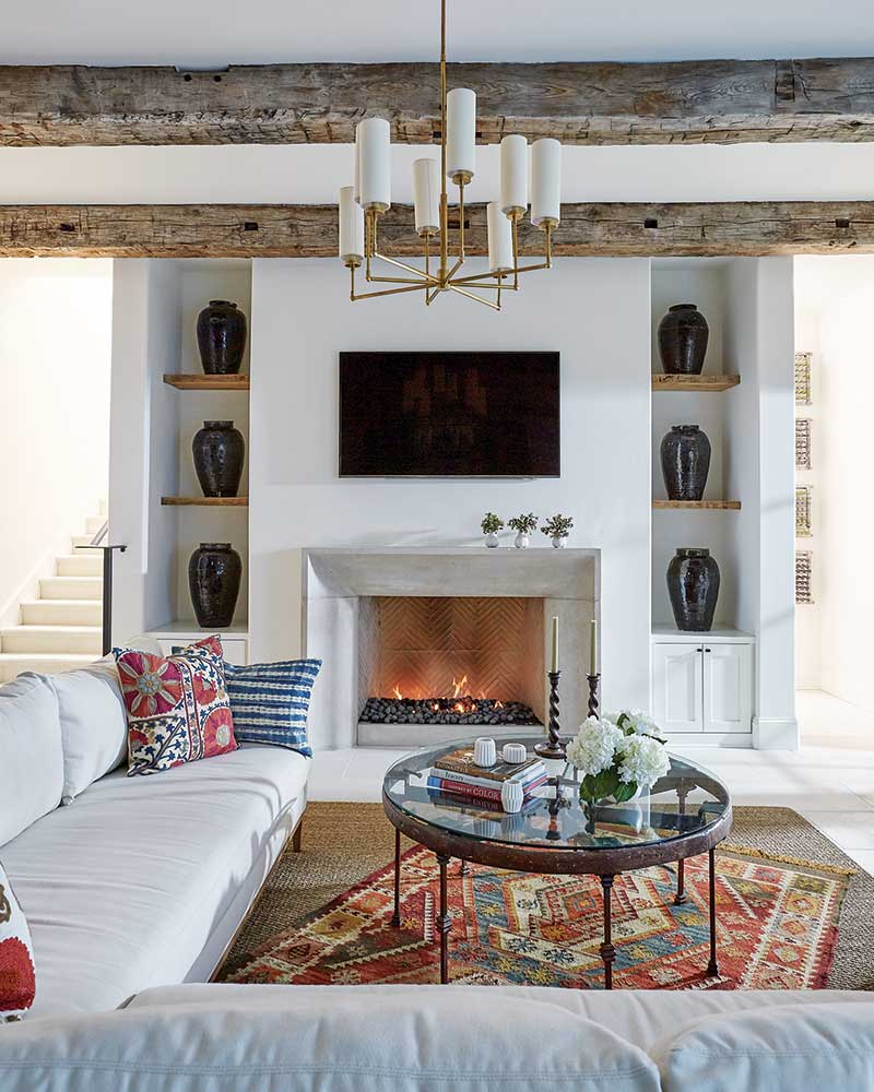 Southern Home Magazine: 10 Cozy Fireplaces For Your Fall Mood