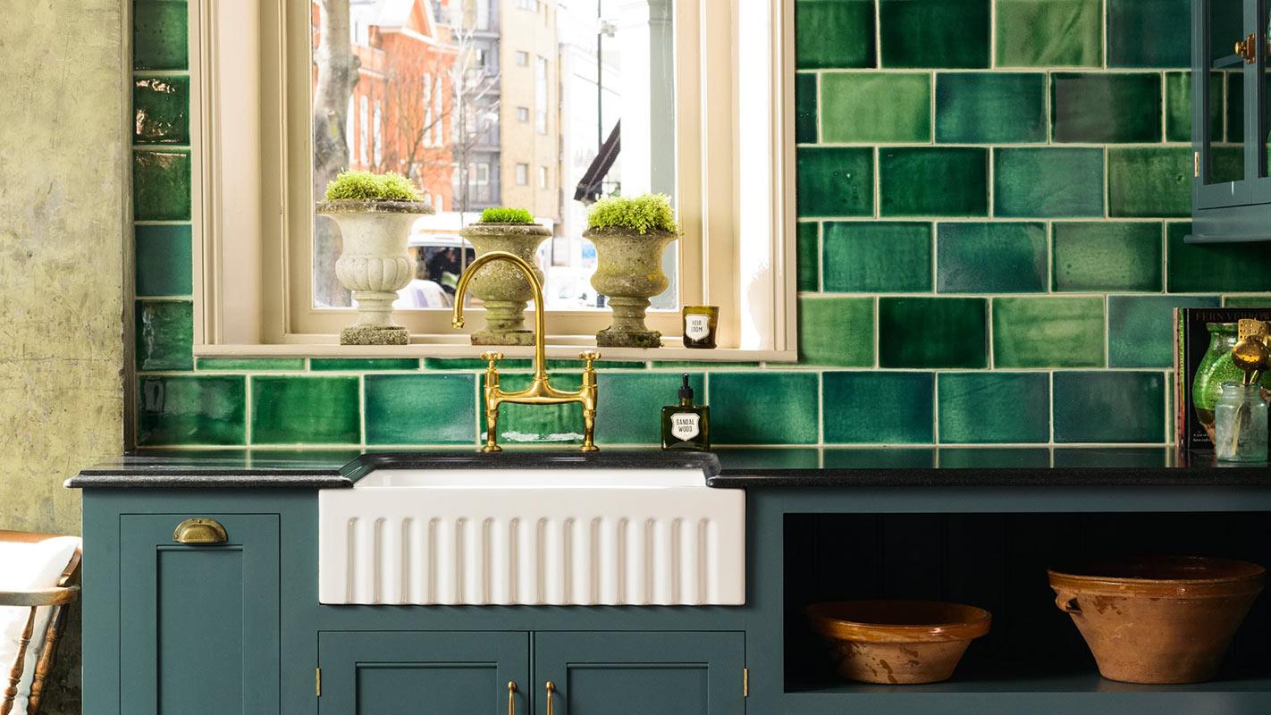deVOL - Emerald Green London Tile