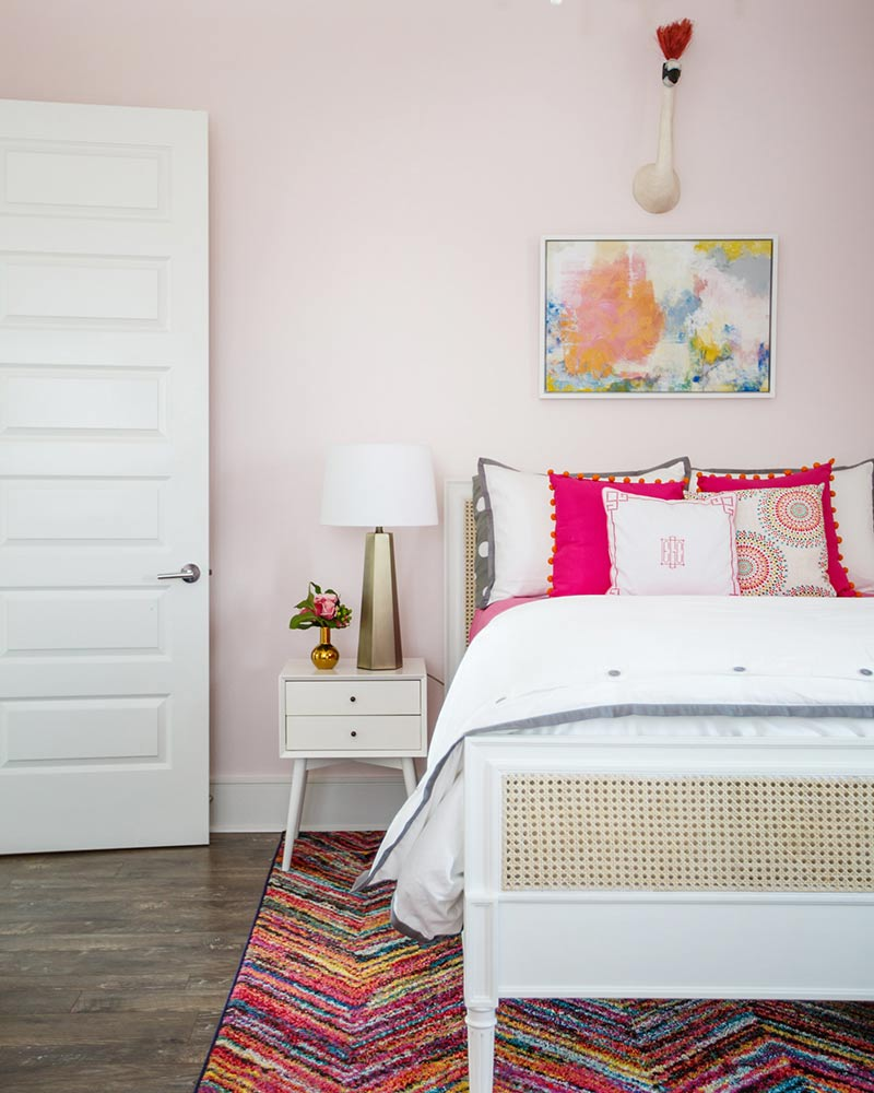Lake Perique house pink bedroom
